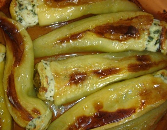 Πιπεριές κέρατο γεμιστές